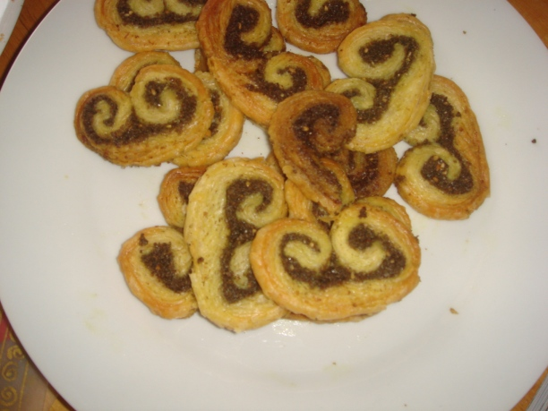 Za'atar moustaches/palmiers