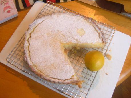 Tarte au citron, dressed as Pac Man