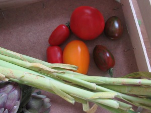 Heirloom tomatoes, spring garlic and a hint of artichoke, from Farm Direct
