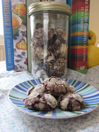 Dark chocolate crispy truffle cookies