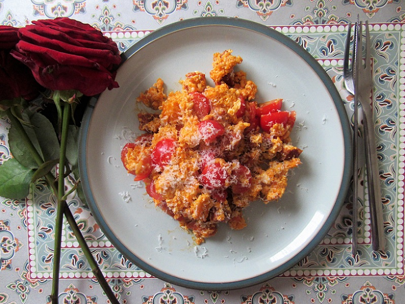 chorizo-scrambled-eggs