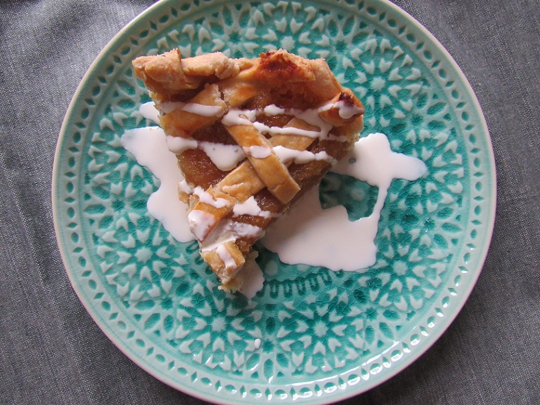 Mary Berry's lattice topped treacle tart