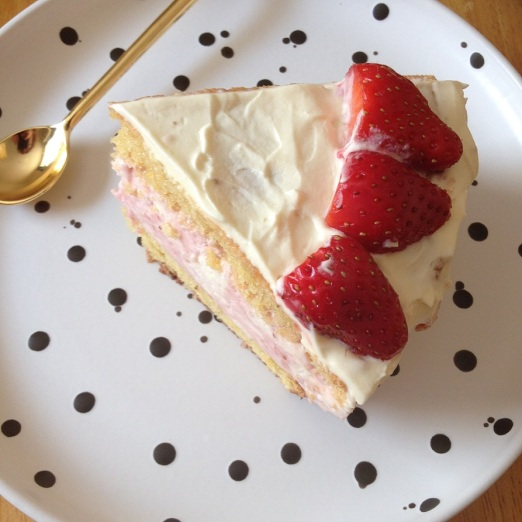 Strawberry mousse cream cake