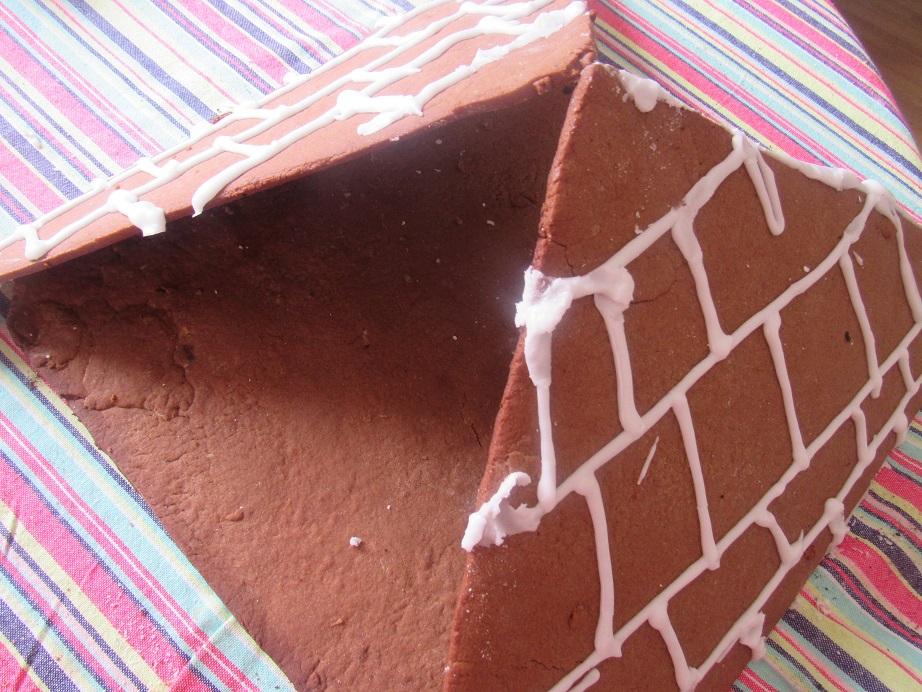 Kamut gingerbread pyramid